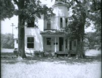 703 East Groesbeck Street