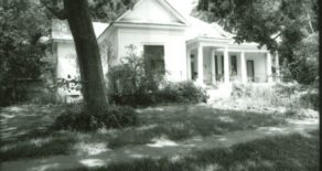 511 East Groesbeck Street