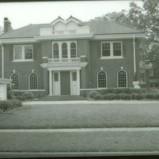 107 West Kerr Street