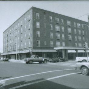 101 West Shepherd Avenue