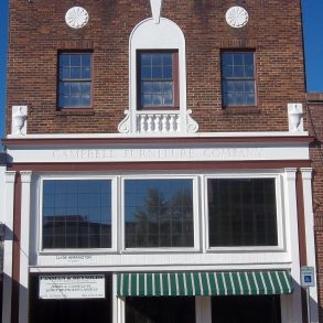 117 East Lufkin Avenue