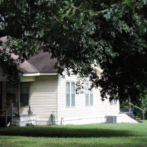 410 North Hendrick Street