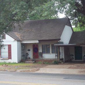 211 West Austin