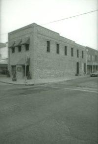 123 East Lufkin Avenue
